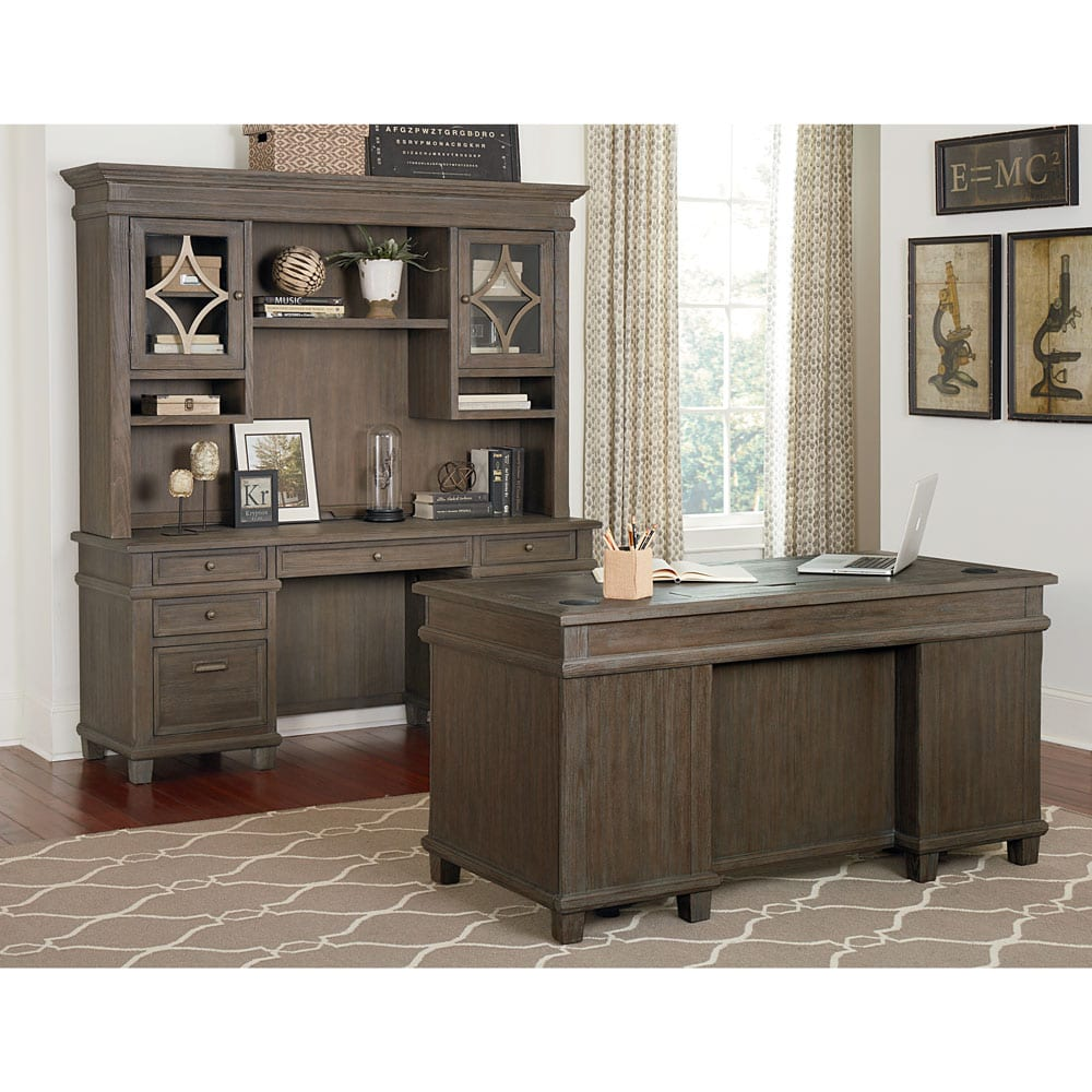 Waldorf Series Desk Set